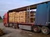 vrachtwagen-met-kastanjehout